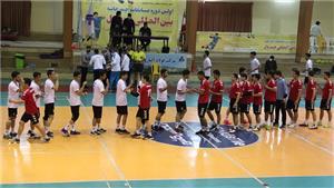 آغاز مسابقات چندجانبه بینالمللی هندبال در سالن امام علی دانشگاه یزد
