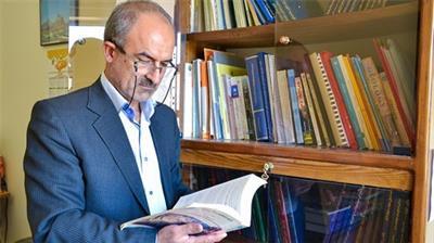 خبر-انتخاب عضو هیات علمی دانشگاه یزد به عنوان استاد نمونه منابع طبیعی کشور