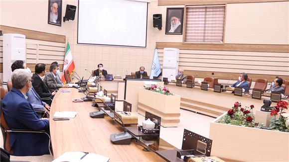 خبر-رایزنیها برای احداث بلوار ایرج افشار در اراضی دانشگاه یزد ادامه دارد