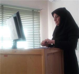 اولین دانشجوی دکترای بیابان زدایی دانشگاه یزد از پایان نامه خود دفاع کرد