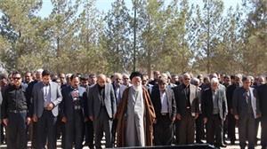 خبر-پیکر استاد صادقیان در قطعه مفاخر استان به خاک سپرده شد