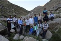 خبر-کوهنوردی دانشگاهیان یزد درارتفاعات تقی آباد ده بالا