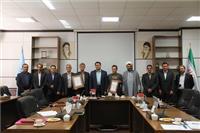خبر-از خدمات دو تن از بازنشستگان دانشگاه یزد تجلیل شد